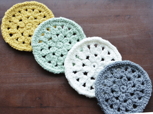 life of kamm | crocheted coffee mug coasters